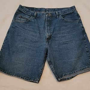 Wrangler jean shorts relaxed fit vintage 36 waist
